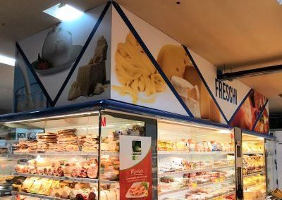Pannelli in sandwich per comunicazione grande distribuzione alimentare